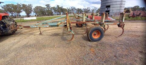 Horwood Bagshaw Chisel Plough