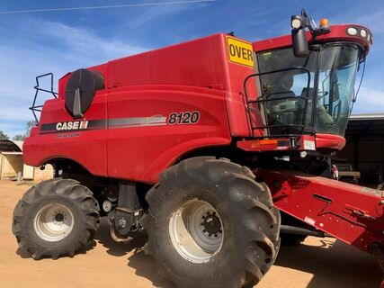 Case iH AFS 8120 Axial-Flow Header