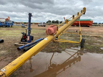 "10"" x 33' (Approx) Keogh Hawk-Flow 250 3-Phase Electric Auger"