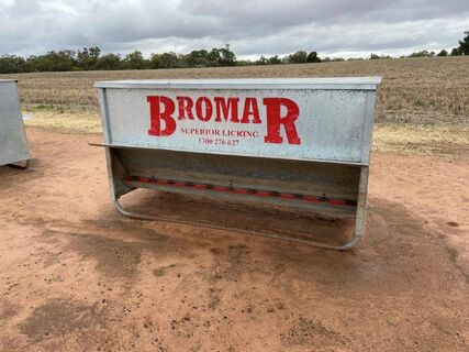 3x Bromar 'Superior Licking' Sheep grain Feeder