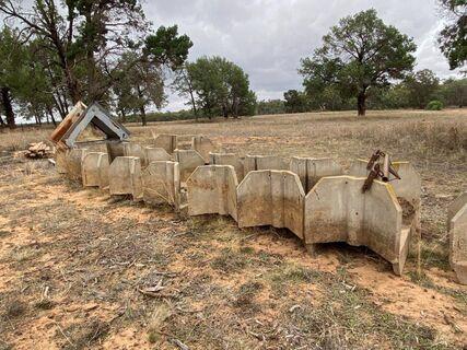 8x Concrete Rice Stops & Spares