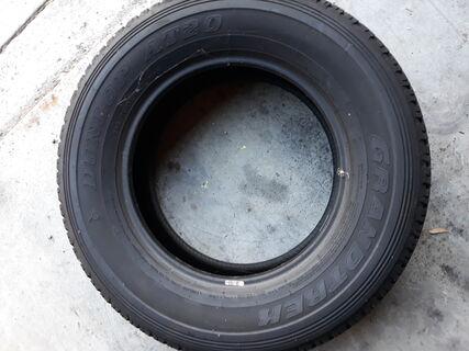 1 x Dunlop Grandtrek 245/70R17 Tyre
