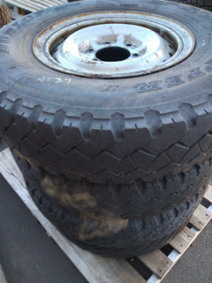 4 x Dunlop Road Gripper 750/16 on 6 stud Landcruiser rims