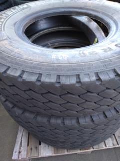 3 x Michelin XZY 900R20