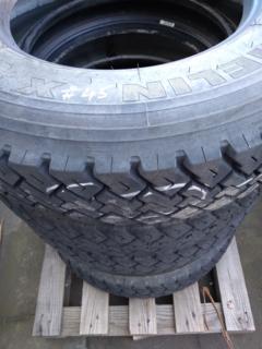 5 x Michelin XZT 8.5R17.5