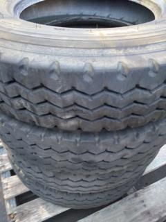 4 x Michelin 8.5R17.5 XZY