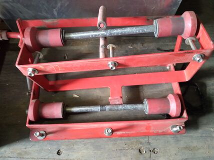 Ladder brackets and rollers