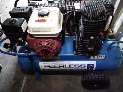 Peerless 16.6 CFM P17 professional petrol compressor
