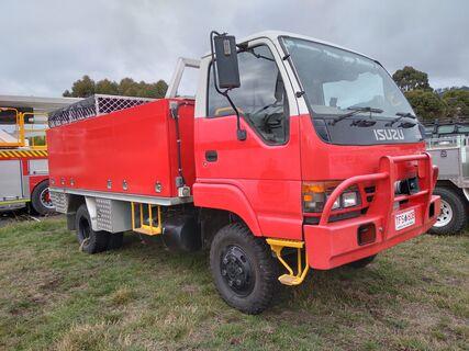 1996 Isuzu NPS66 Diesel  4x4