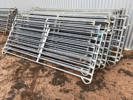 11x Proway Portable Sheep Yard Panels