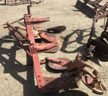 Massey Ferguson 3 Furrow Mouldboard Plough