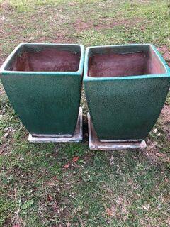 2 x Ceramic Green Pots