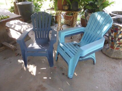 Plastic Deck Chairs x 4