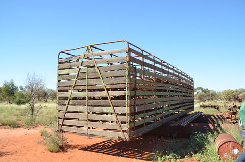 TIMBERED CATTLE CRATE