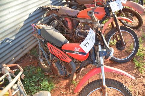 RED YAMAHA MX100