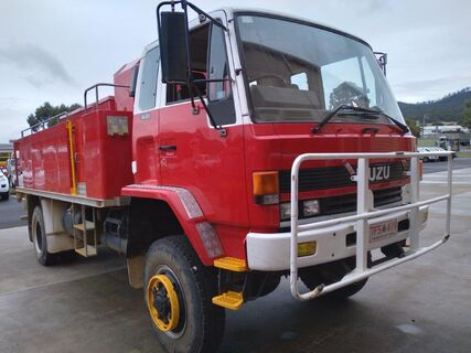 1988 Isuzu FTS700 Diesel 4x4 fire truck