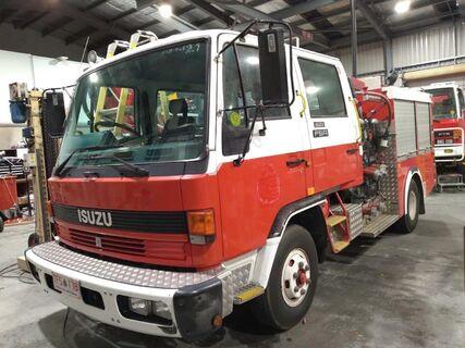 1992 Isuzu FSR500 Diesel 4x2  medium pumper fire truck