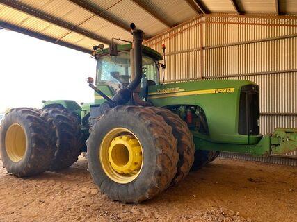 4 EWD Tractor