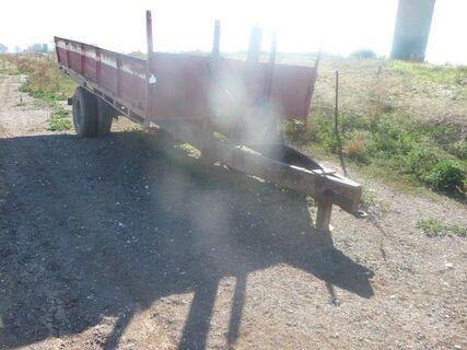 H-made single axle 16' feed trailer