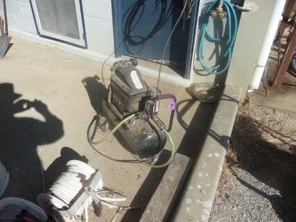 Supacool 46L air compressor, air hoses