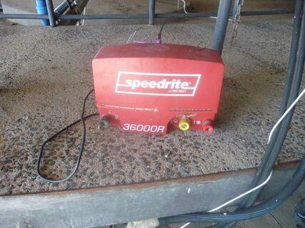 Speedrite 36000R 240V fence energiser