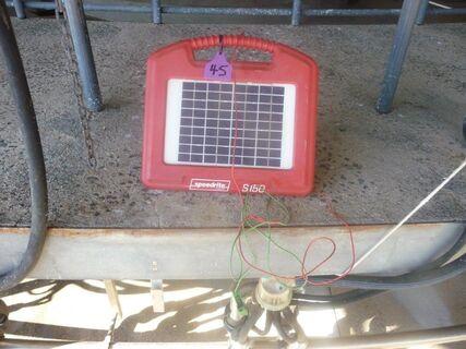 Speedrite 150 Solar 12V fence energiser