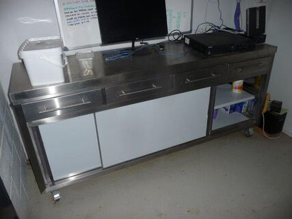 Brayco stainless steel 4 drawer cabinet on castor wheels