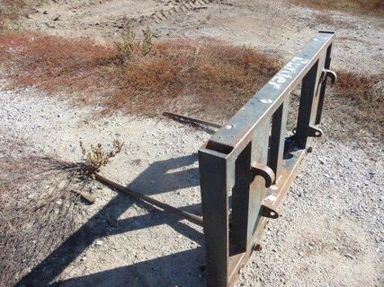 FEL quick hitch bale forks