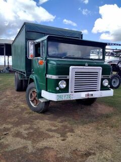 C1900 Acco Truck