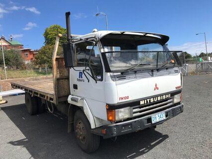 1993 Mitsubishi FH100 Turbo flat tray truck