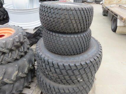 *NEW* Set turf tyres, front 29x12.5, rear 44x18-20