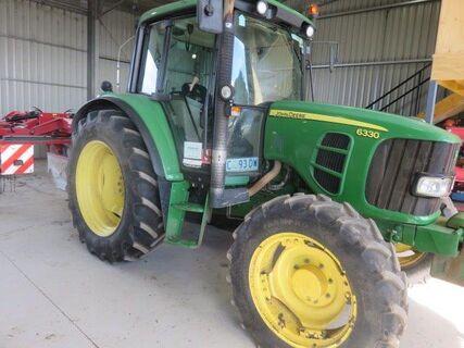 2011 John Deere 6630 Tractor