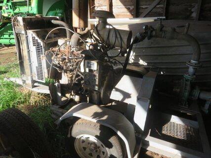 Trailing diesel pump set with Cummins 4 cyl engine & Southern Cross 80 x 50 x 250 pump, 7150 hrs