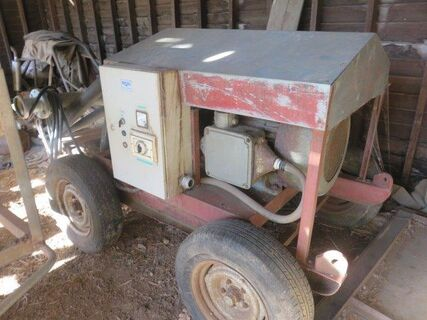 Trailing electric pump set, K & L model 70 pump