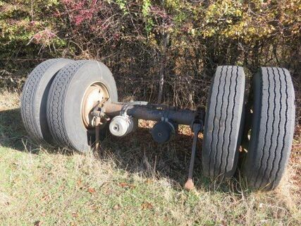Truck Axle with wheels
