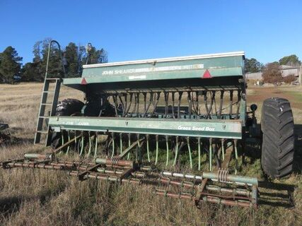John Shearer 21 run 6/90 trailing seed drill, acre meter, disc openers, qty spare parts