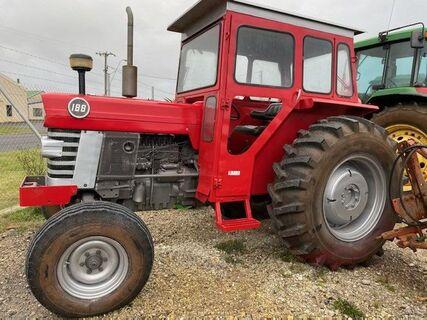 Massey Fergerson 188 Tractor