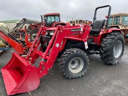 Mahindra 4025 with Front End Loader