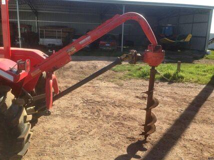 Fieldquip post hole digger