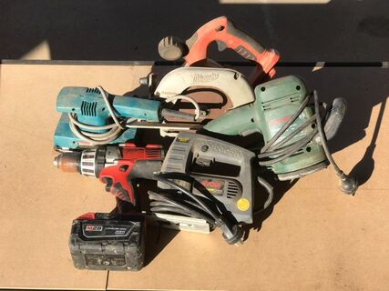 Multiple power tools