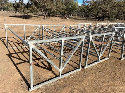 Square Bale Feeders