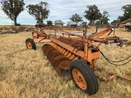 Orange model 14 disc Chamberlain plough