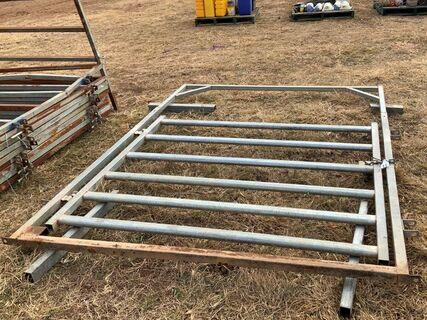 Cattle yard gate x 1