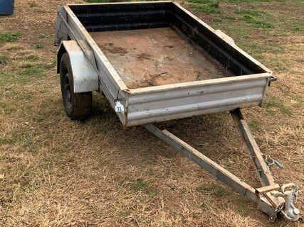 6' box trailer