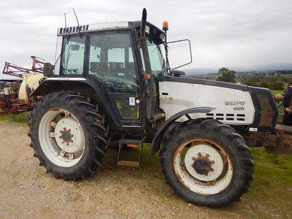 Valmet 6400 Tractor
