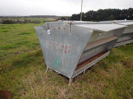 Paton 1.5 Tonne Cattle Feeder
