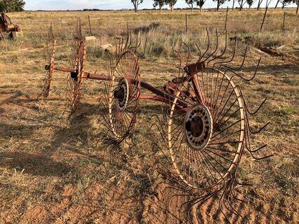 3PL 4 Wheel Hay Rake