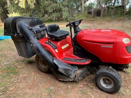 Jonesered Lawn Mower