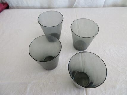 4 x smokey glass tumblers
