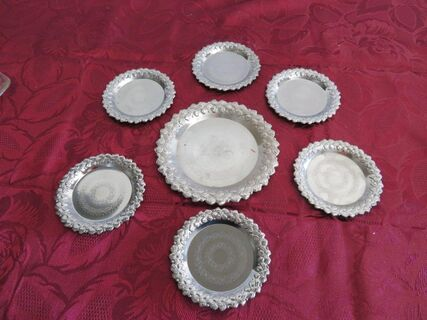 1 x silver plate with 6x coasters